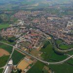 Imatge aèria de la Bisbal d'Empordà