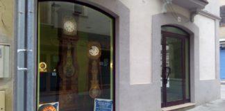 Aparador d'un comerç de la Bisbal d'Empordà | Imatge de la Bisbal