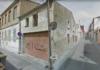 Nau abandonada al carrer del Sol i la Creu a Sant Feliu de Guíxols | Imatge del Google Maps