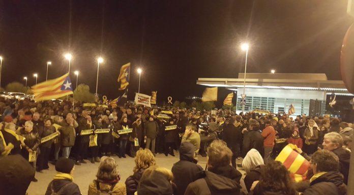 Concentració a la presó del Puig de les Basses en suport a Dolors Bassa
