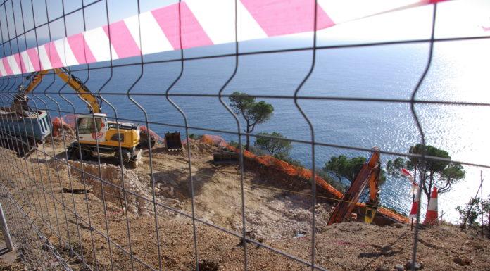 Zona de construcció a Puntabrava a Sant Feliu de Guíxols   Imatge de Guíxols des del Carrer-Entesa