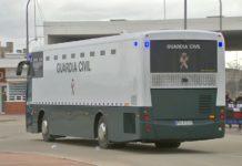 Dolors Bassa a l'autocar d'Alcalá-Meco