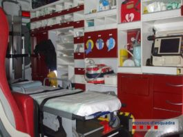 Ambulància afectada pel robatori a La Tallada d'Empordà | Imatge dels Mossos
