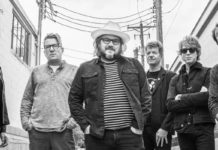 "wilco-anuncien-nou-disc-i-presenten-nou-senzill,-""love-is-everywhere-(beware)"""