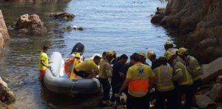 Els Bombers a la Cala de l'Ametller de Sant Feliu de Guíxols | Imatge dels Bombers de la Generalitat