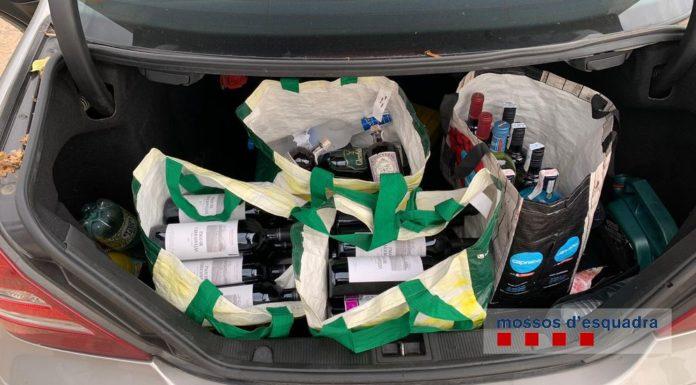 Ampolles d'alcohol presumptament robades de supermercats de Pals i Begur | Imatge dels Mossos d'Esquadra
