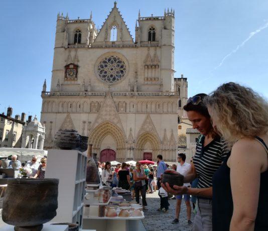 Representació de la Bisbal d'Empordà als Tupiniers du Vieux Lyon   Imatge de l'Ajuntament de la Bisbal