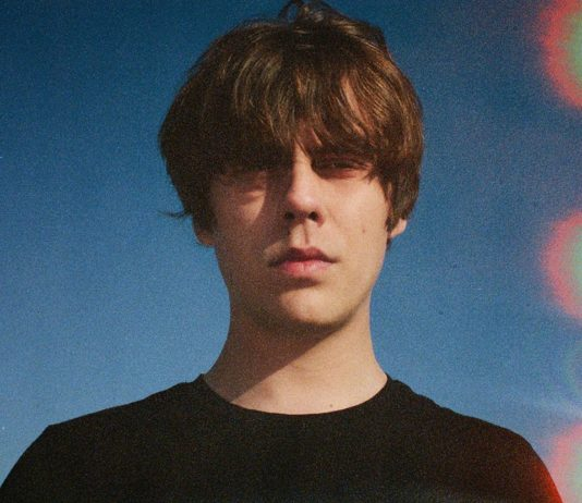 jake-bugg-estrena-'kiss-like-the-sun'