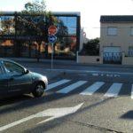 privat:-palafrugell-renova-la-senyalitzacio-en-diversos-carrers-del-municipi-amb-l'objectiu-de-pacificar-el-pas-de-vehicles-en-les-zones-mes-transitades